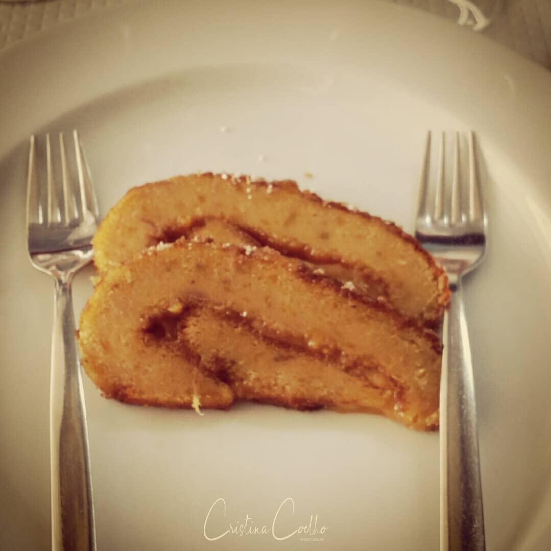 Depois de mais um peixinho grelhado uma excelente torta de batata doce.